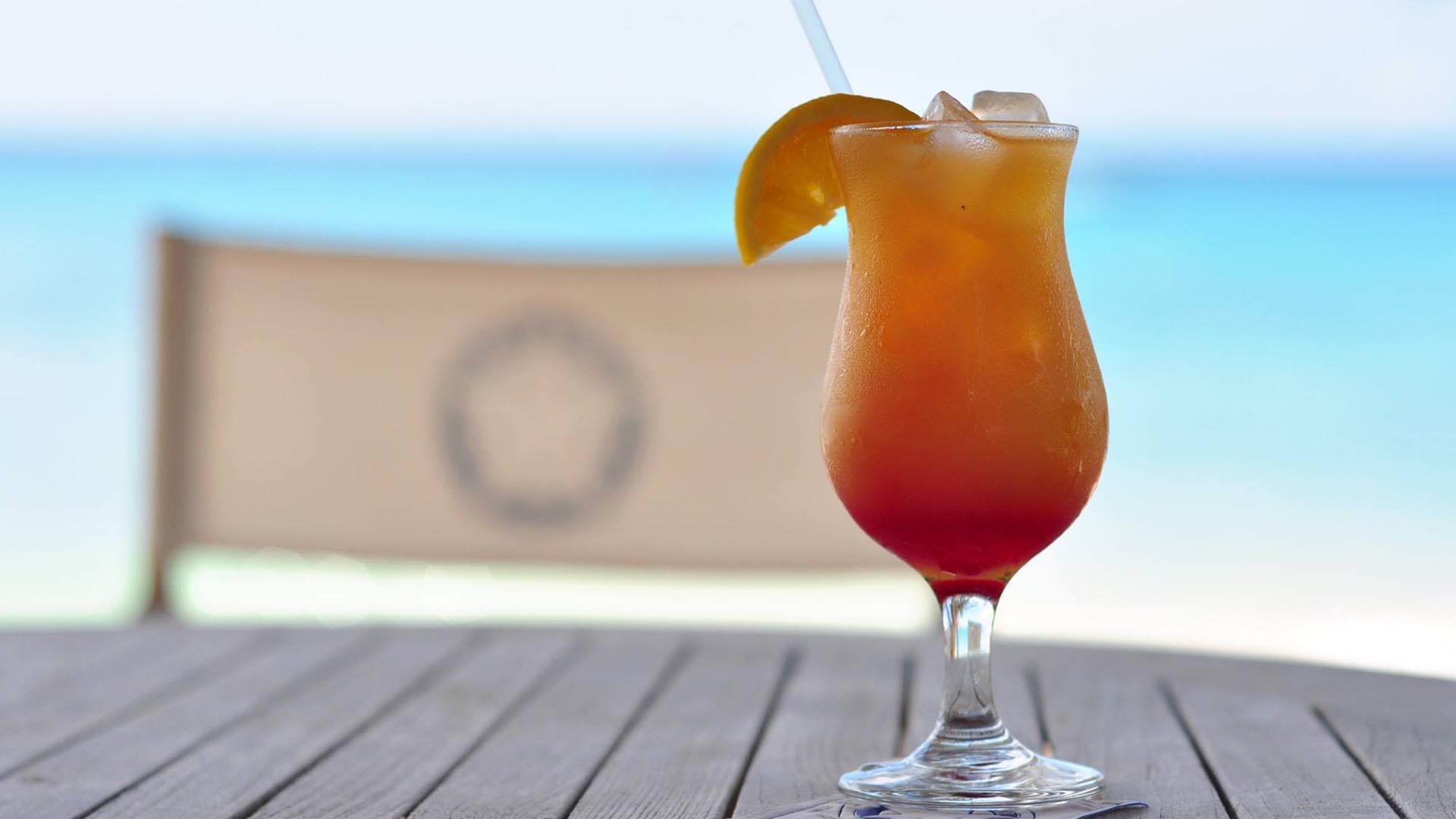 Luxury bars in Barbados the Lone Star Hotel Bar