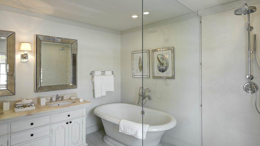 lone star Hotel Barbados Lone Star Villa - Master Bathroom